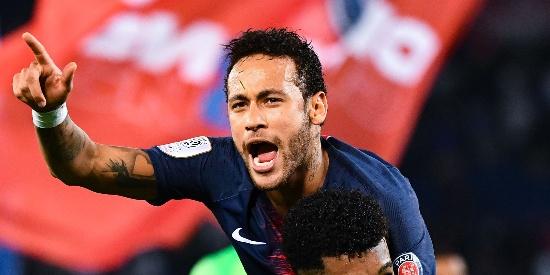 法甲-内少卡瓦尼复出 巴黎3-1摩纳哥