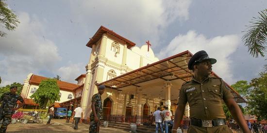 斯里兰卡连环爆炸致逾200人身亡 遭袭击教堂内部曝光一片狼藉
