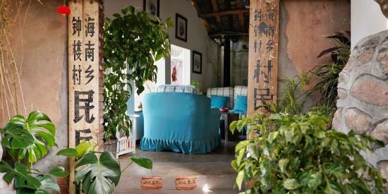 在四川邛海岸边 有个面朝海面春暖花开的小村庄