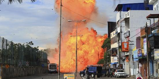 斯里兰卡23日进入全国紧急状态 爆炸已致290人身亡