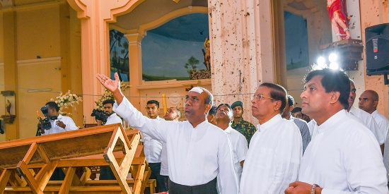 斯里兰卡爆炸案已致300余人死亡 总统造访遇袭教堂