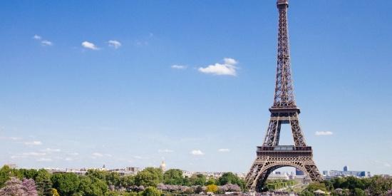 法国巴黎埃菲尔铁塔建筑风景图片