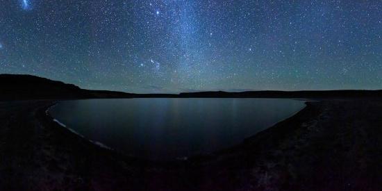 唯美养眼星空夜景图片桌面壁纸