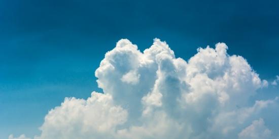 空中的云朵图片