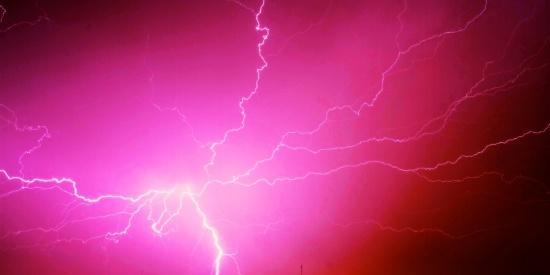 电光石火的闪电图片