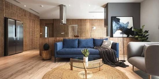 130㎡的住宅,用 2.9 万块木头贴墙上
