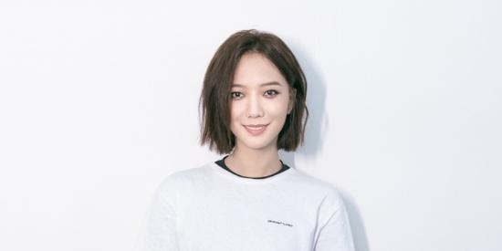 王珞丹录制 《极限青春》真人秀,变身滑板大PRO