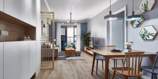 餐厅面积小,餐桌靠墙放,如何设计背景墙?