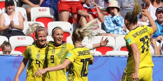 瑞典2比1胜英格兰 世界杯三度摘铜