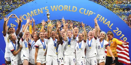 美国女足7战全胜!第4次斩获世界杯