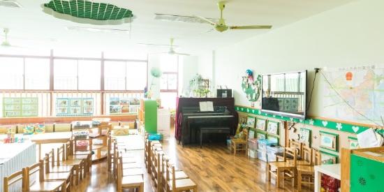 幼儿园内部环境图片