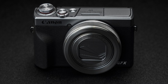 手感更佳新增银色复古配色 佳能G7 X Mark III图赏