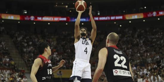 篮球世界杯:美国队大胜日本53分 3战全胜小组第一