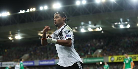 欧预赛:德国2-0北爱尔兰