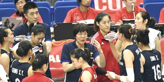 双星闪耀 中国女排横扫俄罗斯队取世界杯三连胜