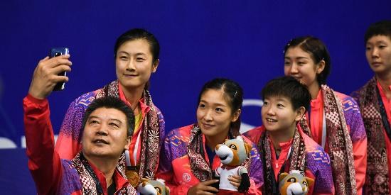 7连冠!亚锦赛中国女乒3-0日本