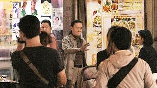 谢贤被误传死讯 片场拍戏健步如飞精神瞿烁