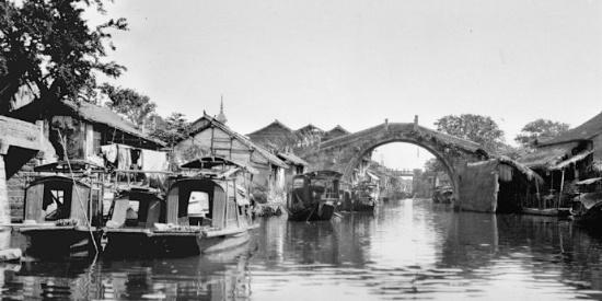 【老照片】1920年代,苏州街拍