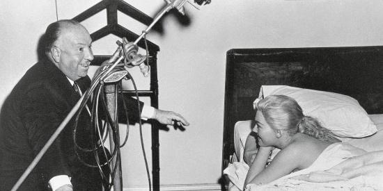 史上百位伟大导演第一名希区柯克拍电影的台前幕后,珍贵的老照片