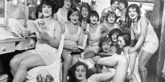 百年红磨坊:法国人的性感和暧昧都汇集于此