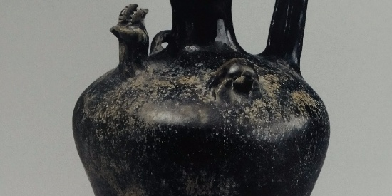 历史出土文物出土瓷器青釉碗