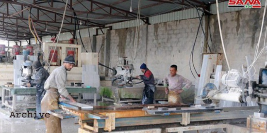 叙利亚总统阿萨德探访基督教场所,尊重多元文化,数十家工厂复工