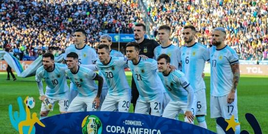 美洲杯季军战,梅西染红,阿根廷2比1战胜智利