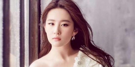 小仙女刘亦菲柔美写真,骨子里撒发着让人初恋般的光芒