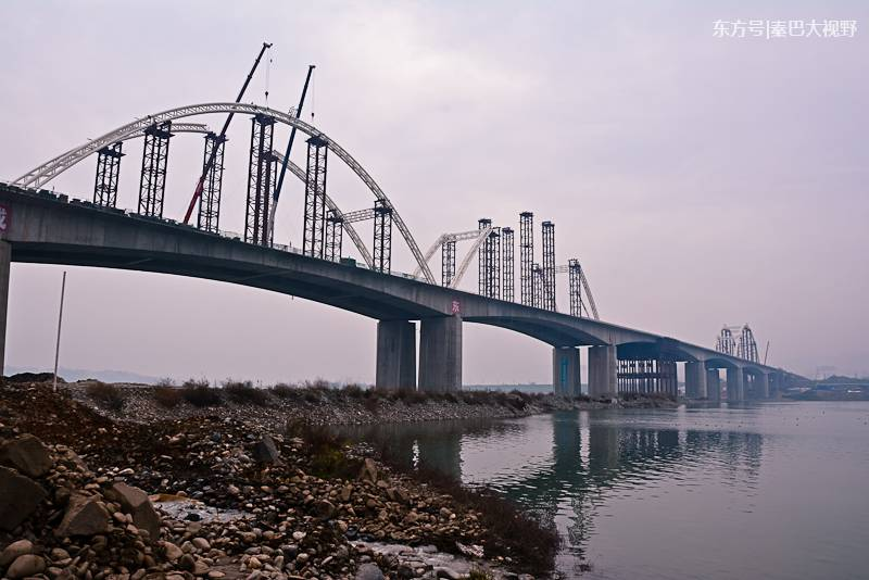陕西:多角度看安康汉江四桥推进建设 春节前通车就在眼前