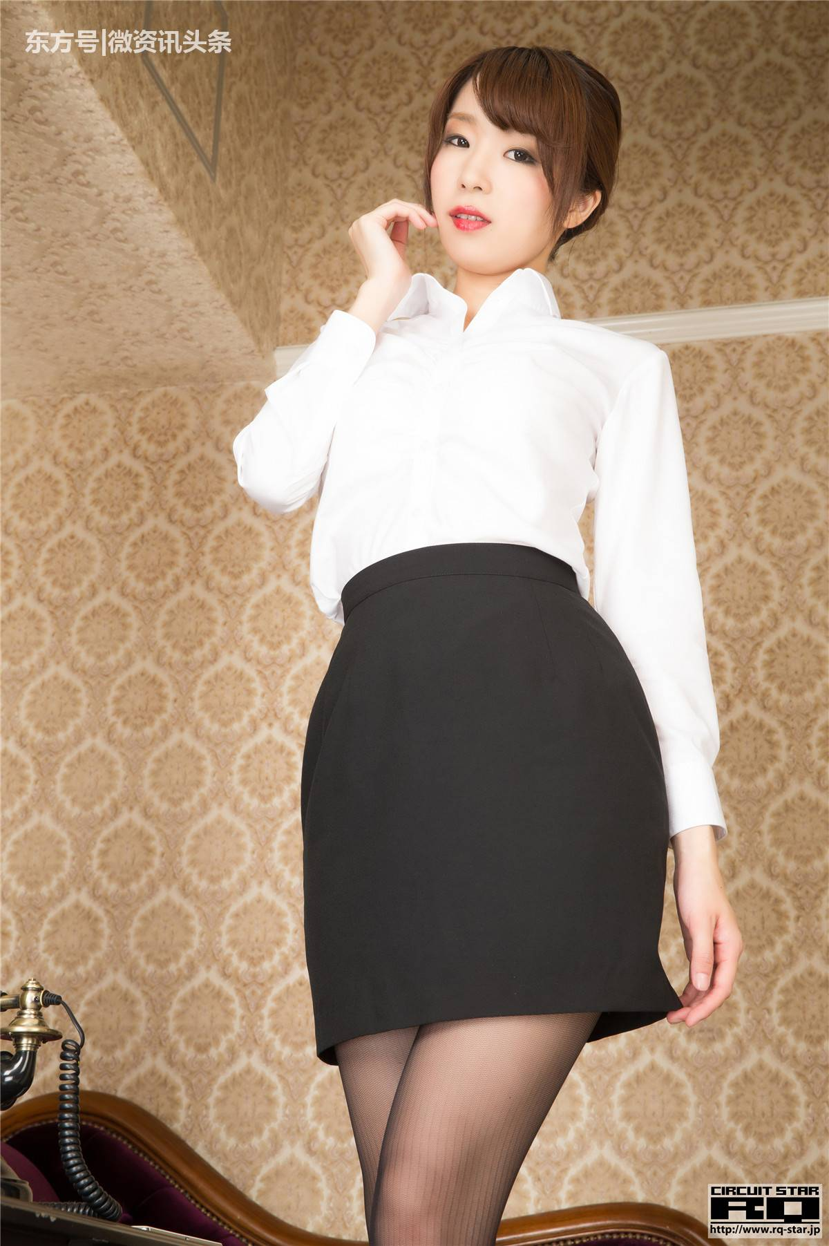 成人黑丝�9.�9f_日本成人片女优的黑丝写真足够好看!