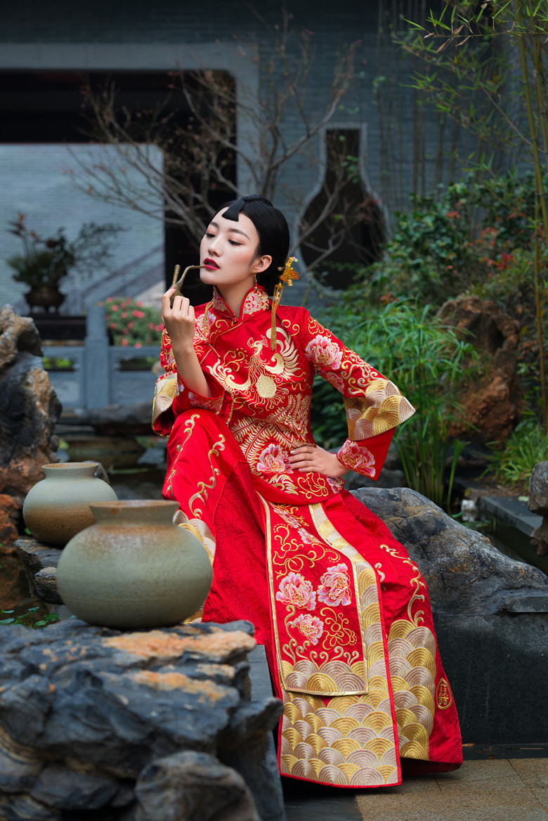 太像了!台州女孩撞脸周迅版九儿图片