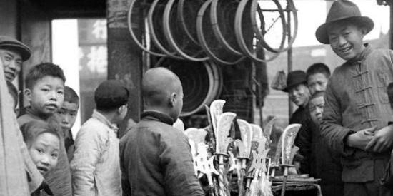 民国时候怎么过春节的?虽然很穷,年味很浓