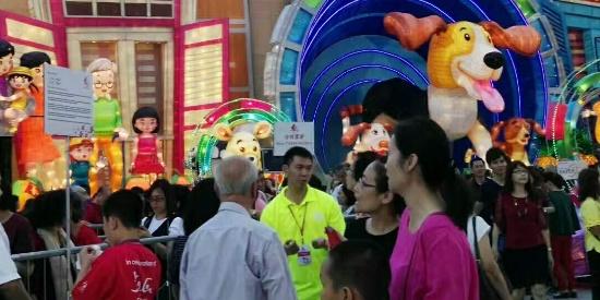 春到河畔年味浓:新加坡春节组图