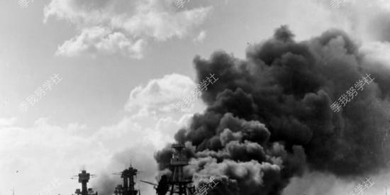 二战中日本零式战斗机也不过如此  最终竟沦为自杀式武器